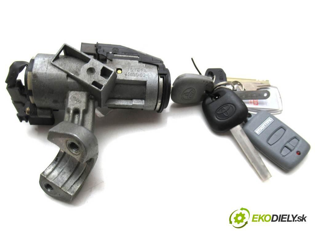 Toyota Corolla E12  2003  KOMBI 5D 1.4VVTI 97KM 02-07 1400 spinačka 45020-02-4 (Spínacie skrinky a kľúče)