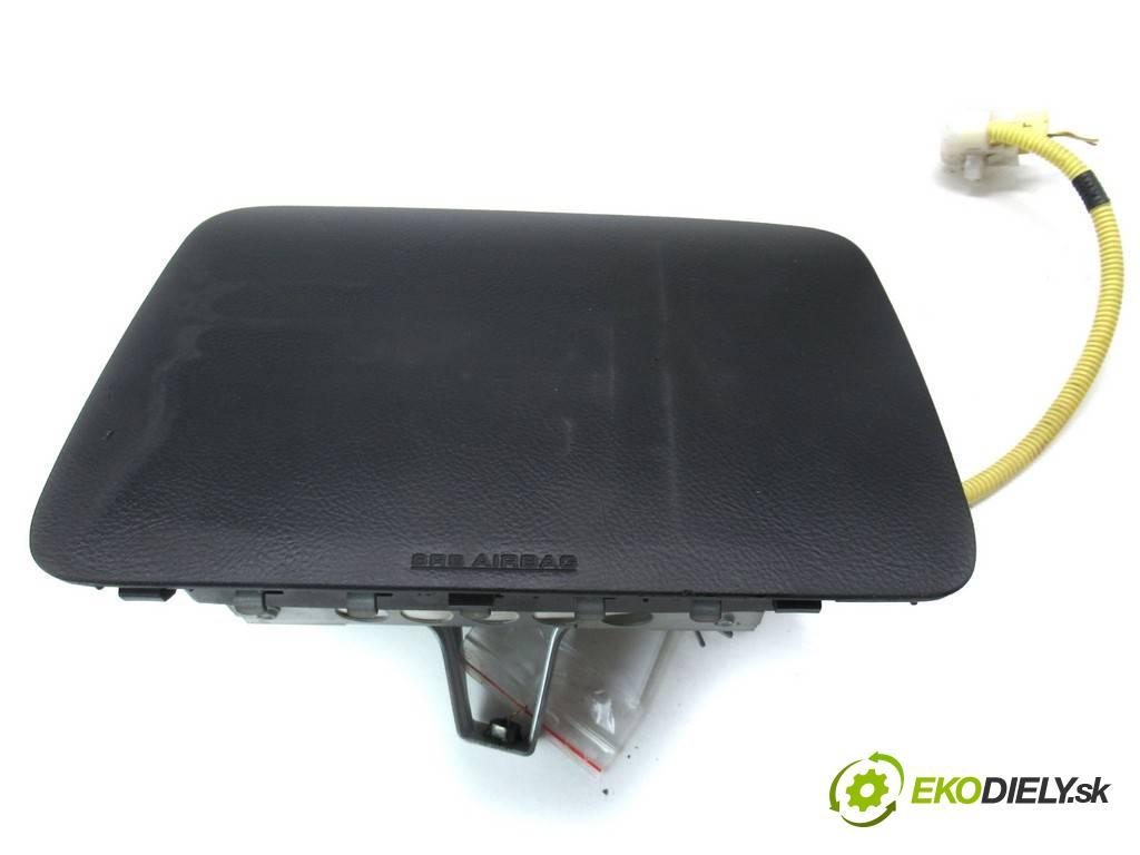 Toyota Corolla Verso  2003 90KM 2.0D-4D 90KM 01-04 2000 AirBag - spolujazdca  (Airbagy)