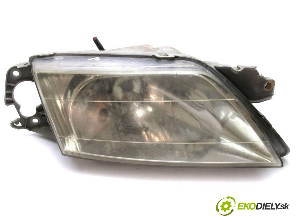 Mazda Premacy  2000  1.8B 100KM 99-05 1800 Svetlomet pravy  (Pravé)