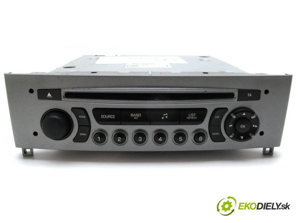 Peugeot 308 LIFT  2013  KOMBI 5D 1.6HDI 92KM 07-13 1600 RADIO 98016075XH (Audio zariadenia)