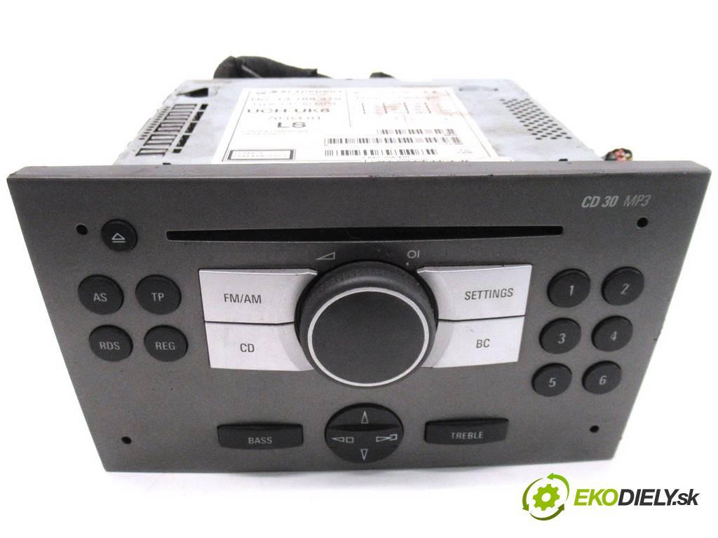 Opel Vectra C LIFT  2006 100KM KOMBI 5D 1.9CDTI 120KM 02-08 1900 RADIO 13188479 (Audio zariadenia)