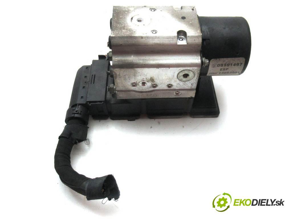 Opel Signum  2003  2.2DTI 125KM 03-05 2200 pumpa ABS 09191497 (Pumpy brzdové)
