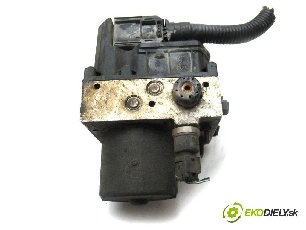 Ford Mondeo Mk3  2002  KOMBI 5D 2.0TDCi 130KM 00-07 2000 pumpa ABS 0265225154 (Pumpy brzdové)