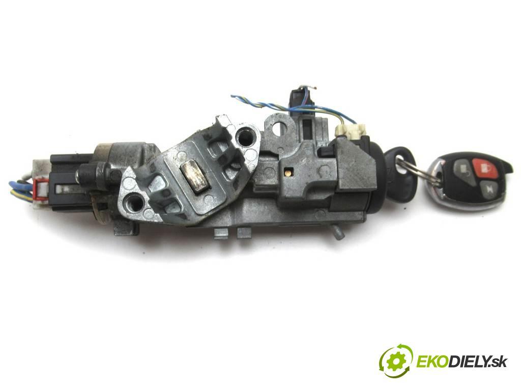 Mazda MPV II  2003  2.0CITD 136KM 99-06 2000 spinačka  (Spínacie skrinky a kľúče)