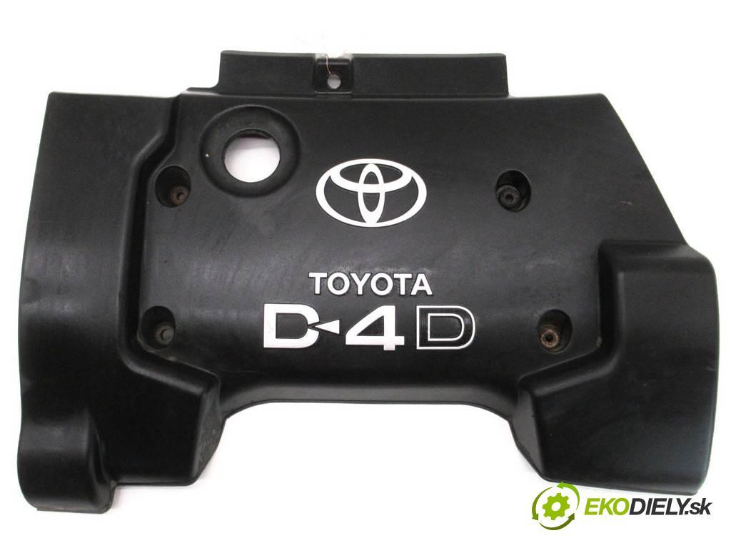 Toyota Corolla E12  2004 90KM KOMBI 5D 2.0D-4D 110KM 02-07 2000 Kryt Motor  (Kryty motora)