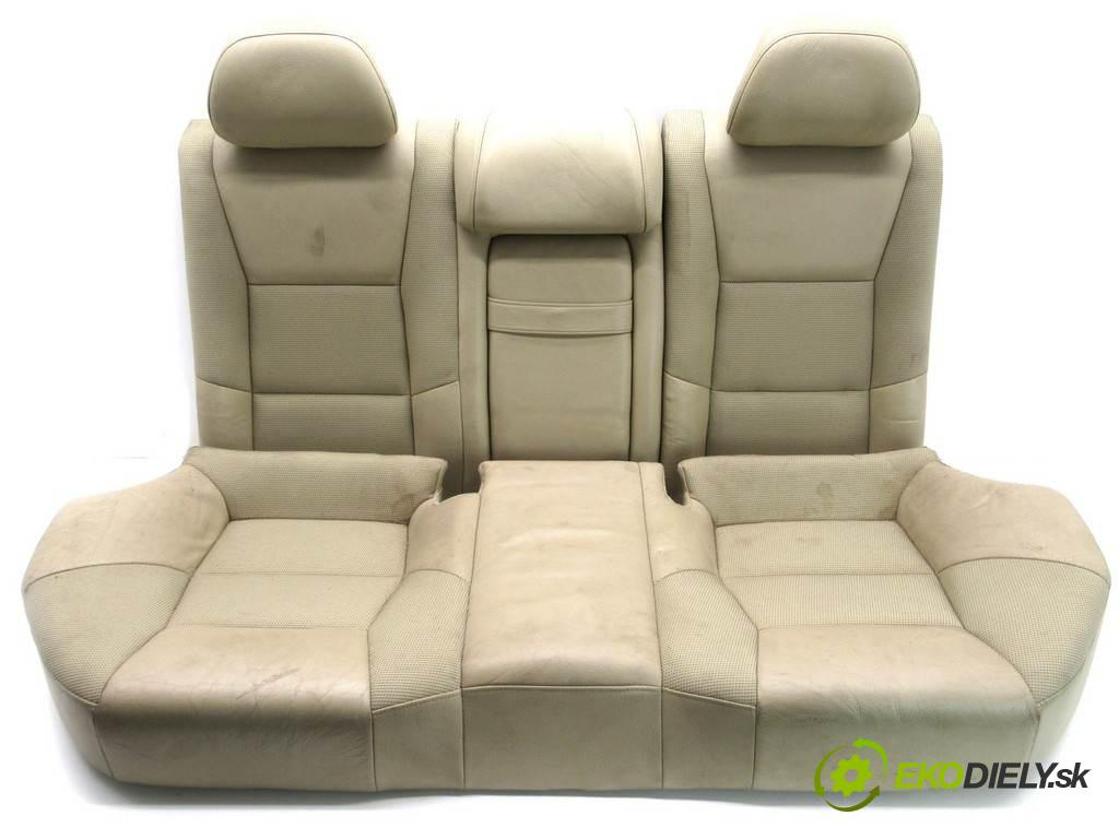 Volvo S60 LIFT  2004  SEDAN 4D 2.4B 140KM 00-07 2400 Sedadlo zad  (Sedačky, sedadlá)