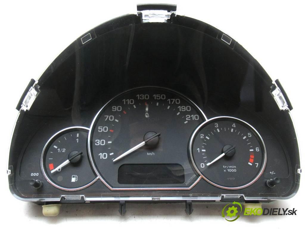 Peugeot 1007  2008 75KM 1.4B 75KM 04-09 1400 Prístrojovka 9658889380 (Prístrojové dosky, displeje)