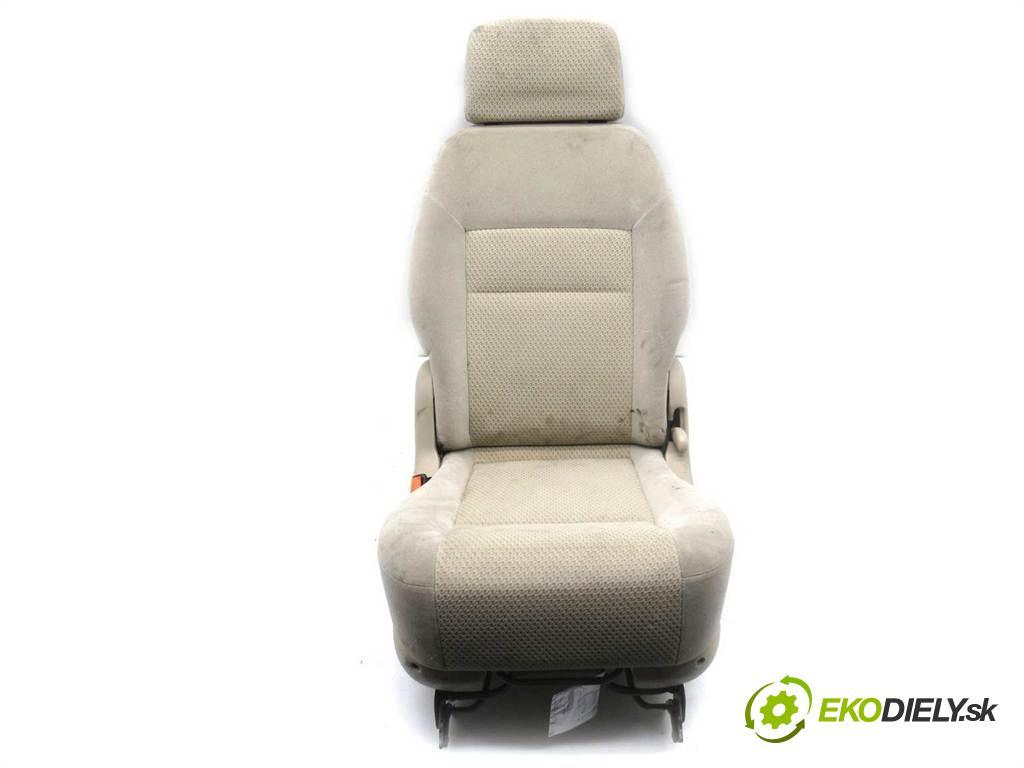 Seat Alhambra    1.8T 150KM 95-10  Sedadlo zadný  (Sedačky, sedadlá)