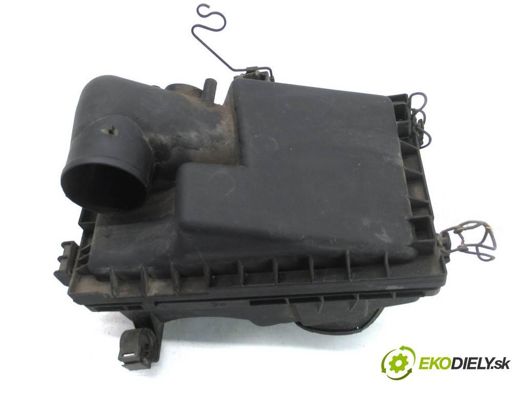 Toyota Corolla E11 LIFT  2001  LIFTBACK 5D 1.4B 97KM 99-02 1400 Obal filtra vzduchu  (Obaly filtrov vzduchu)