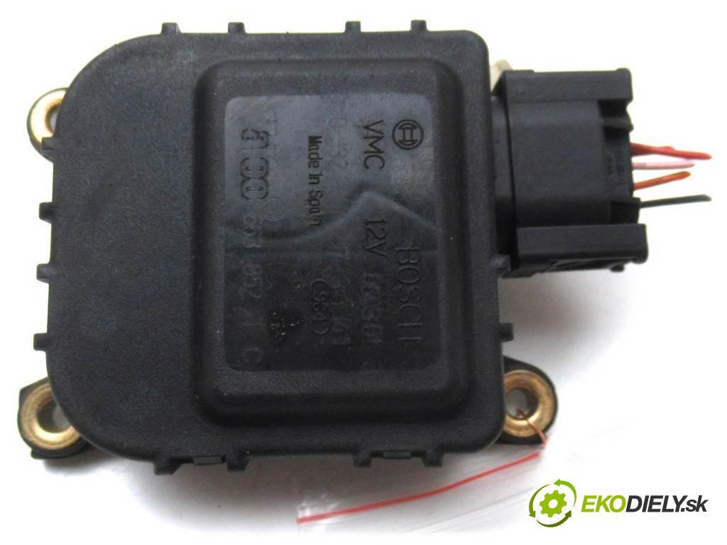 Citroen C5  2001  HATCHBACK 5D 2.2HDI 133KM 01-04 2200 motorek topení 01328012173 (Motorky topení)