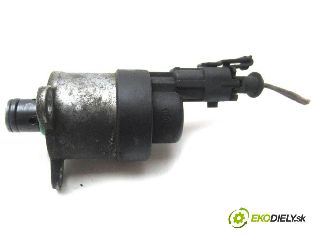 Renault Espace IV  2005  2.2DCI 150KM 02-06 2200 Regulátor tlaku paliva  (Ostatní)