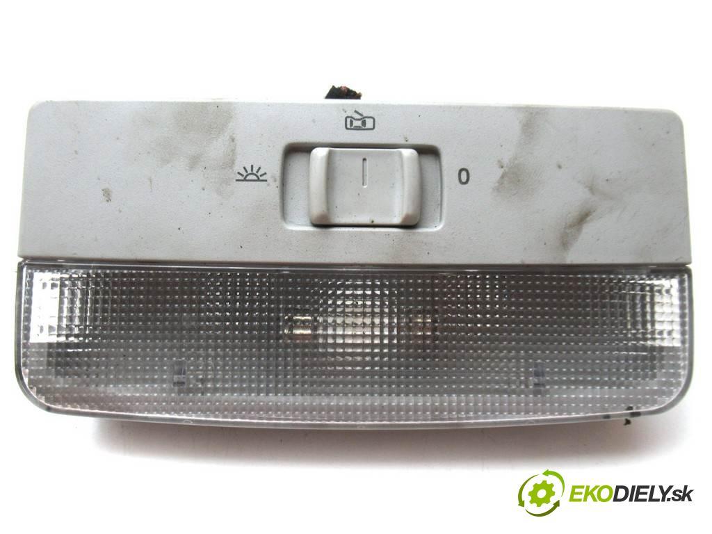 Seat Ibiza IV  2010  HATCHBACK 3D 1.4TDI 80KM 08-12 1400 svetlo stropné 6Q0947105F (Osvetlenie interiéru)