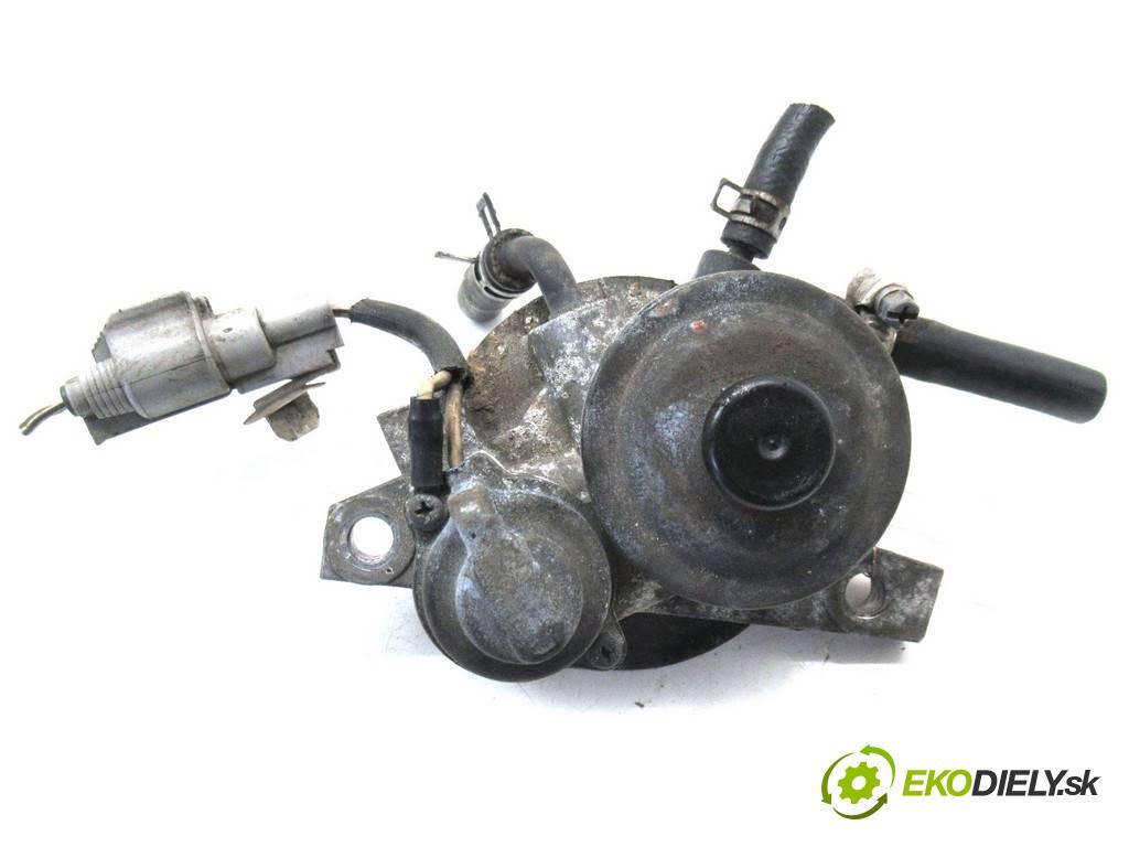Toyota Avensis  2000  T22 KOMBI 5D 2.0D-4D 110KM 98-03 2000 Obal filtra paliva  (Obaly filtrov paliva)