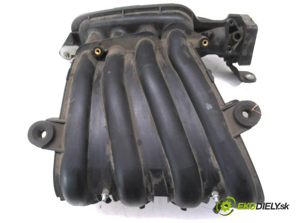Nissan Tiida  2008 110KM HATCHBACK 5D 1.6B 110KM 04-12 1600 Potrubie sacie, sanie  (Sacie potrubia)