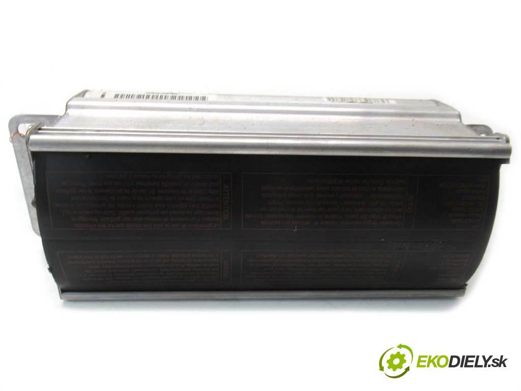 Audi A3 8L FL  2003 130 kW HATCHBACK 3D 1.9TDI 130KM 00-03 1900 AirBag - spolujazdca  (Airbagy)