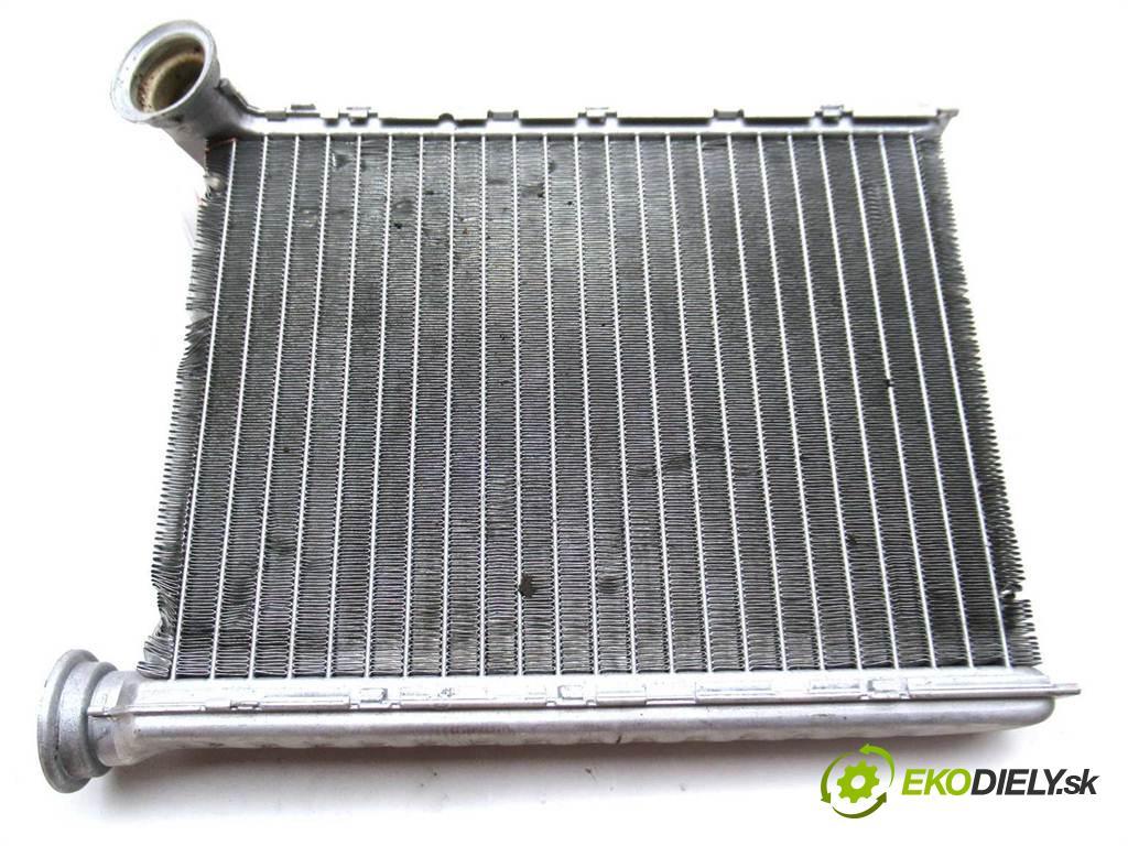 Dacia Logan II  2013  1.5DCI 90KM 12- 1500 topné těleso radiátor topení  (Radiátory topení)