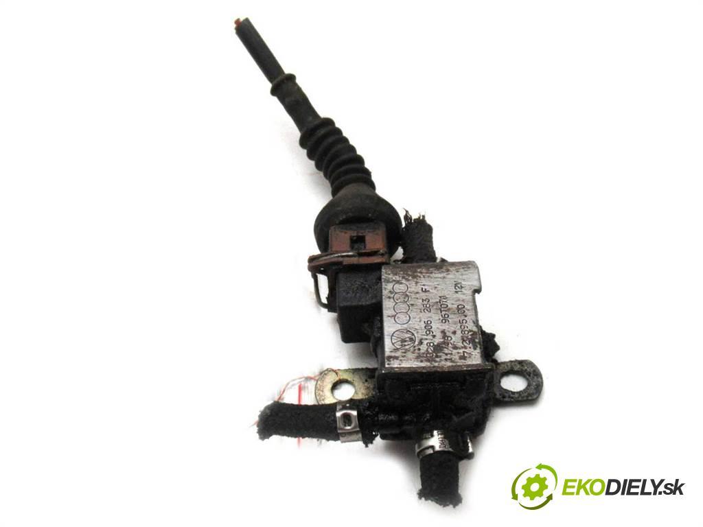 Audi A4 B5    SEDAN 4D 1.9TDI 90KM 94-99  Ventil tlaku 028906283F (Ventily)