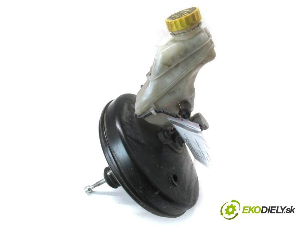 Fiat Grande Punto  2007 57 kw HATCHBACK 5D 1.4B 77KM 05-12 1400 Posilovač Pumpa brzdová 55700420 (Posilňovače bŕzd)