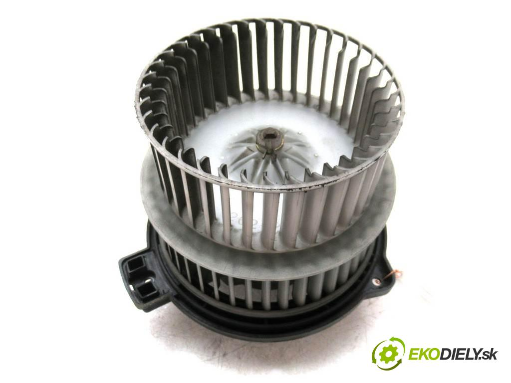 Toyota Yaris Verso  2004  1.4D-4D 90KM 99-05 1400 ventilátor - topení  (Ventilátory topení)