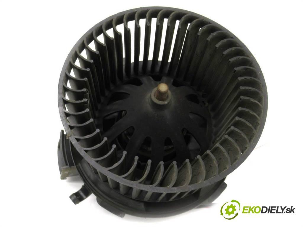 Peugeot 206  1999 51kW HATCHBACK 5D 1.9D 69KM 98-06 1900 ventilátor - topení  (Ventilátory topení)