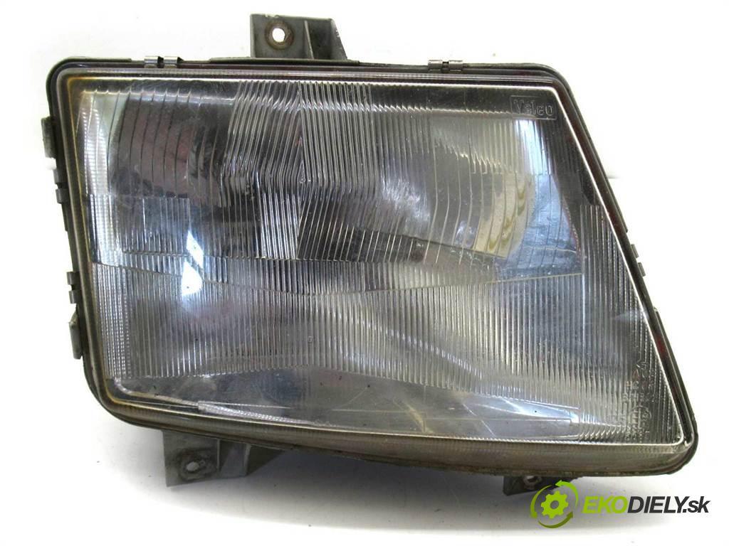 Mercedes-Benz Vito  1997 58 kw 2.3D 79KM 95-03 2300 Svetlomet pravy  (Pravé)