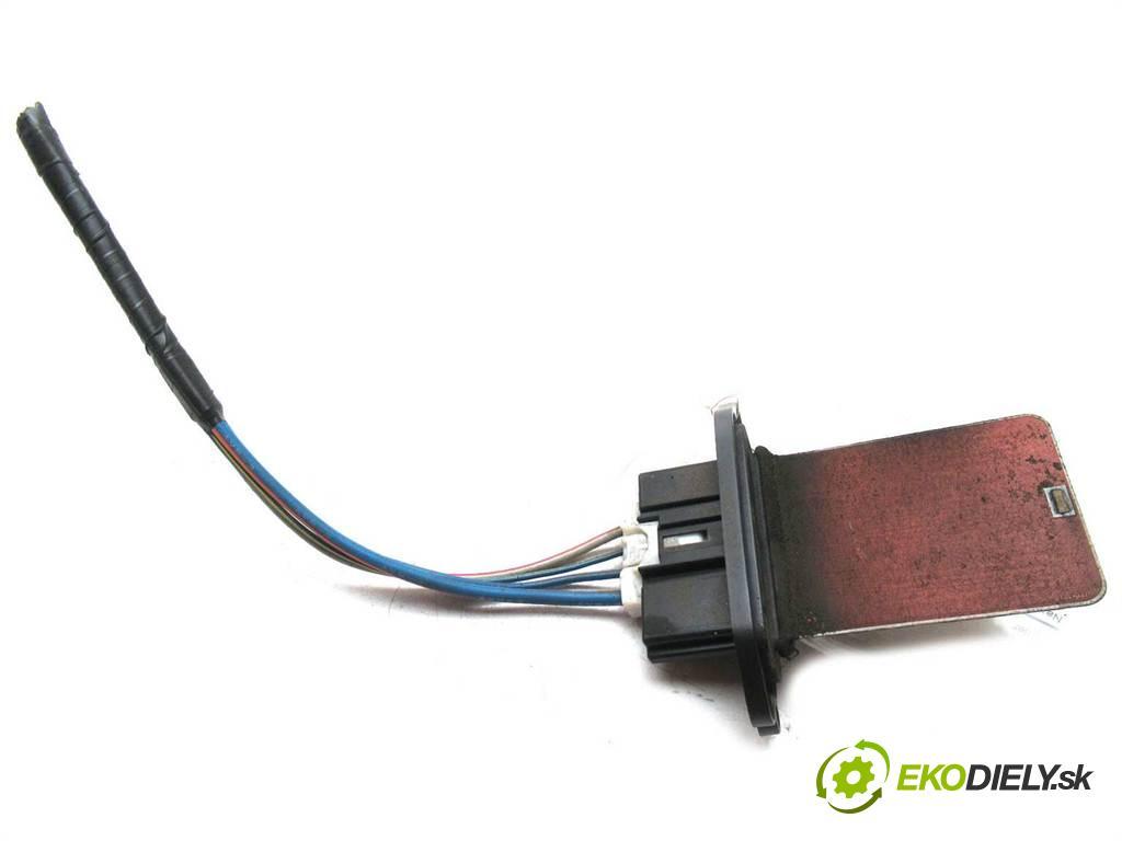 Mazda 5 Premacy II  2006 81 kw 2.0CITD 110KM 05-08 2000 odpor rezistor topení vzduchu  (Odpory topení)