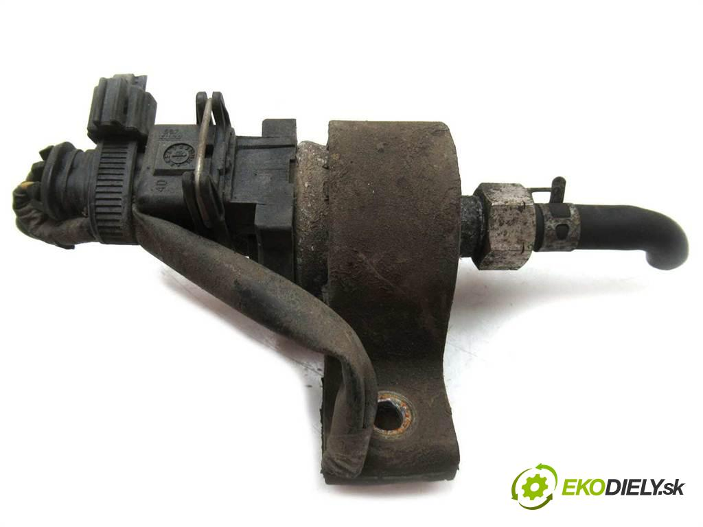 Mazda 5 Premacy II    2.0CITD 110KM 05-08  motorek paliva Webasto  (Webasto ohřívače)