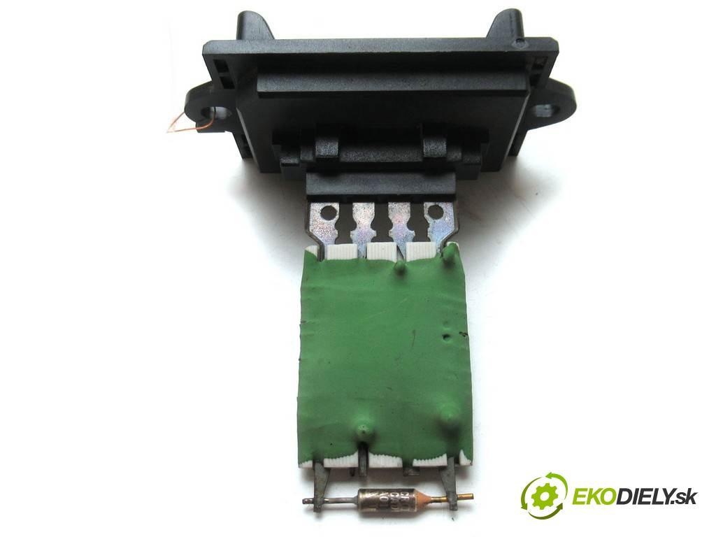 Citroen C3  2003 54 kw HATCHBACK 3D 1.4B 79KM 02-09 1400 odpor rezistor topení vzduchu  (Odpory topení)