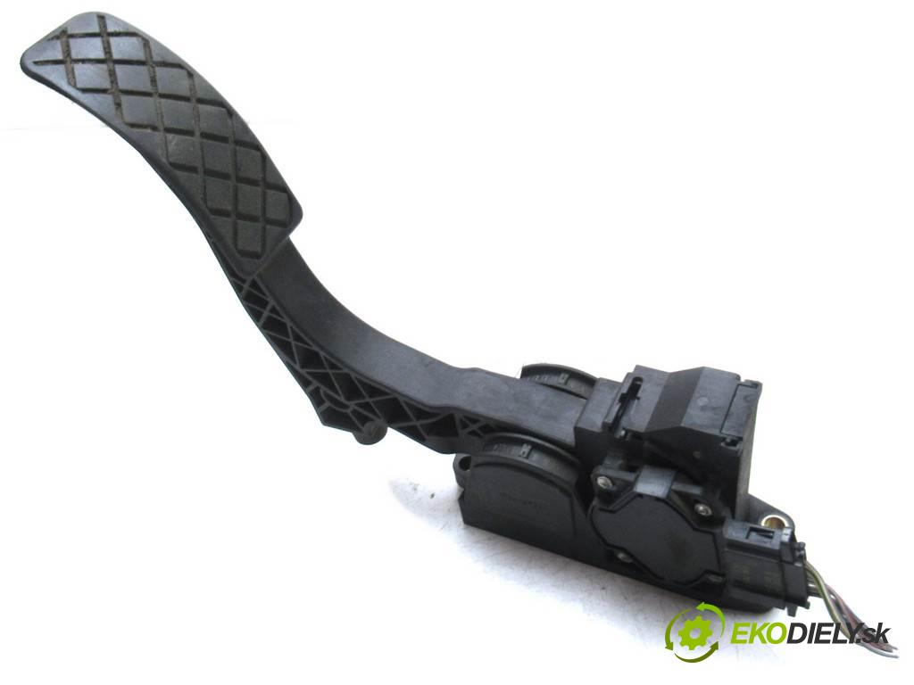 Seat Toledo II  2000  1.9TDI 110KM 98-04 1900 Potenciometer plynového pedálu 0281002342 (Pedále)