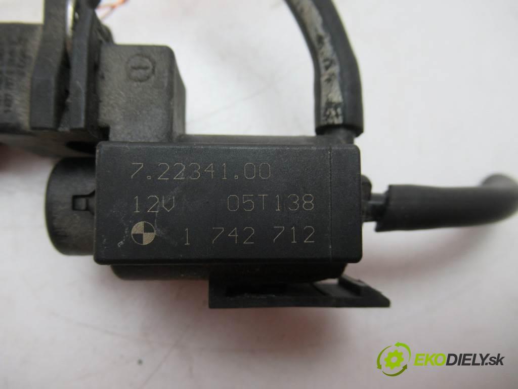 BMW 5 E60    SEDAN 4D 3.0D 218KM 02-10  Ventil tlaku 1742712 (Ventily)