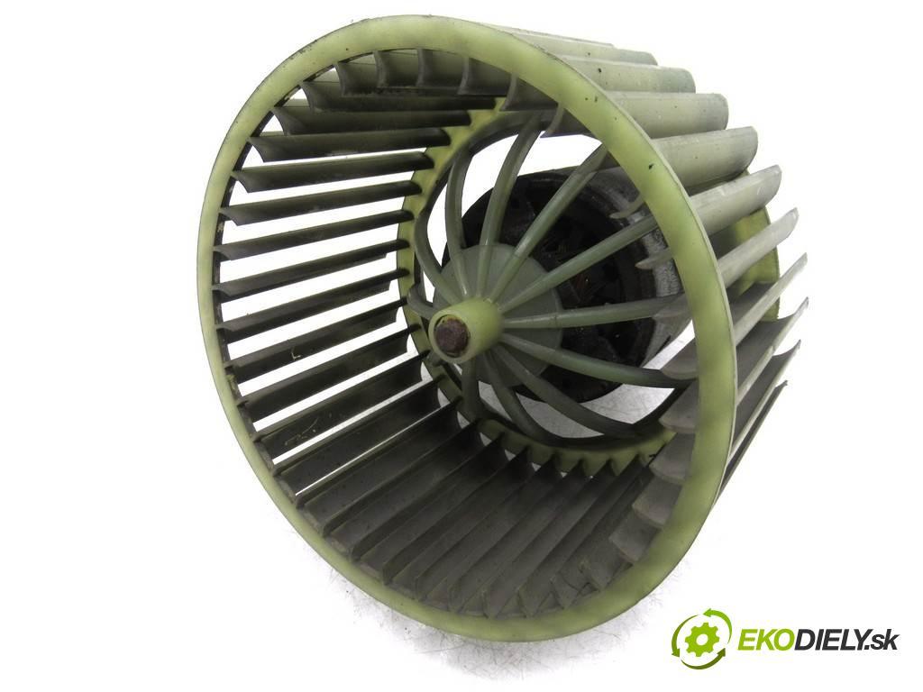 Audi 100 C4  1994  KOMBI 5D 2.0B 115KM 91-94 2000 ventilátor - topení 0130111162 (Ventilátory topení)