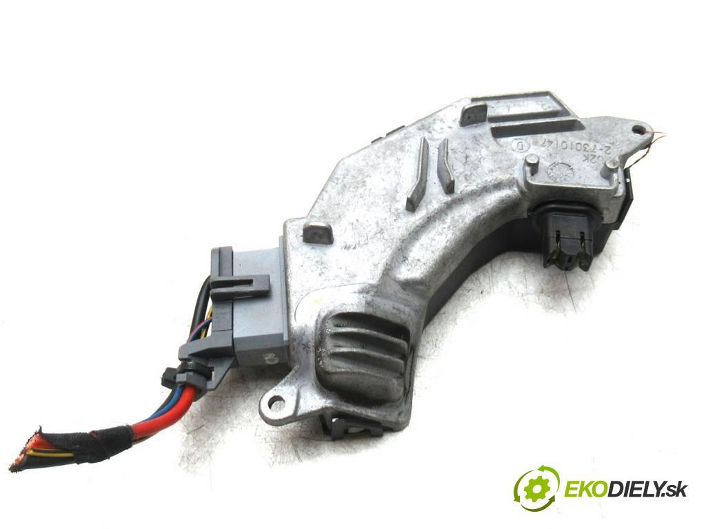 Fiat Croma  2007  KOMBI 5D 1.8B 140KM 05-11 1800 odpor rezistor topení vzduchu 73421312U (Odpory topení)