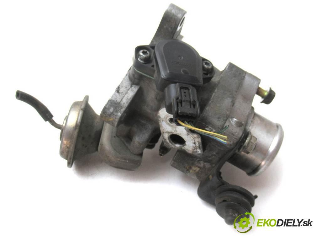 Honda Civic VIII  2006  HATCHBACK 5D 2.2CTDI 140KM 06-11 2200 škrtíci klapka  (Škrticí klapky)