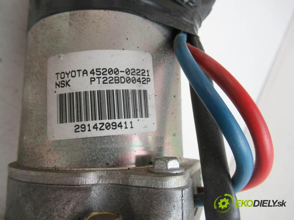 Toyota Corolla E12  2005 97km KOMBI 5D 1.4VVTI 97KM 02-07 1400 Pumpa servočerpadlo 45200-02221 (Servočerpadlá, pumpy riadenia)