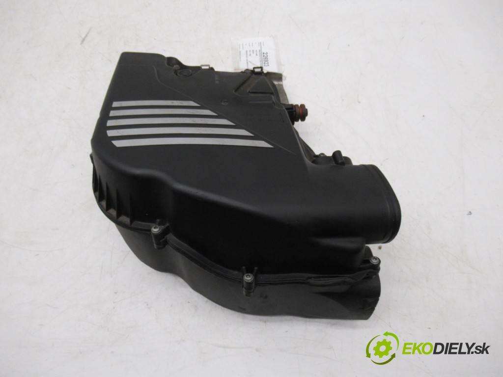 BMW F01 750i    SEDAN 4D 4.4B 408KM 08-15  obal filtra vzduchu 7577466 (Kryty filtrů)