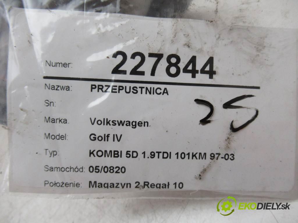 Volkswagen Golf IV  2001 74 kw KOMBI 5D 1.9TDI 101KM 97-03 1900 škrtíci klapka 038138063G (Škrticí klapky)