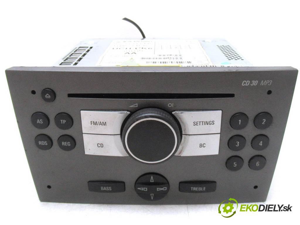 Opel Signum  2005 125KM 2.2DTI 125KM 03-05 2200 RADIO 13113145 (Audio zariadenia)