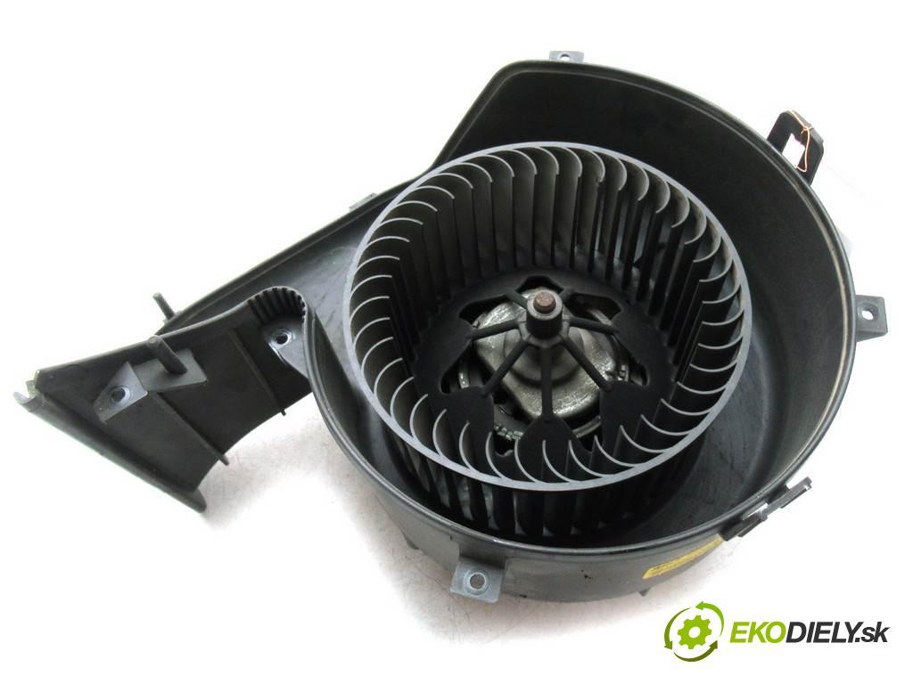Opel Signum  2005 125KM 2.2DTI 125KM 03-05 2200 ventilátor - topení 985852T (Ventilátory topení)
