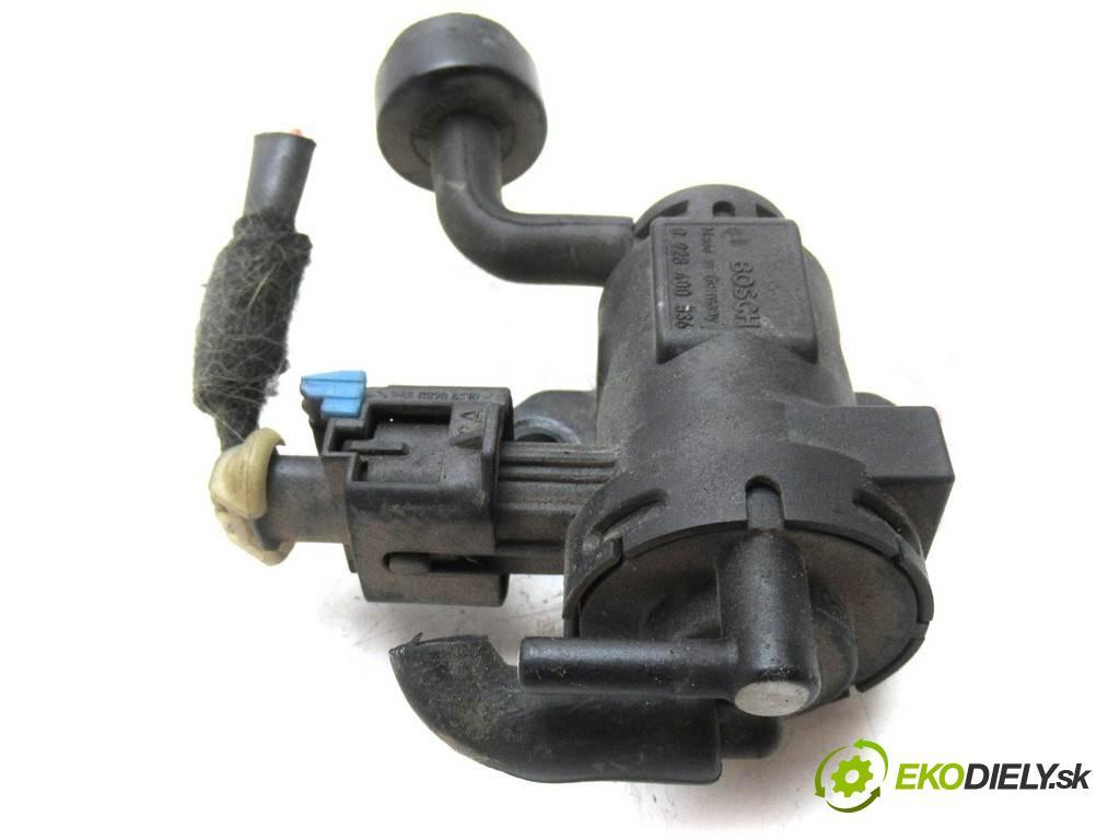 Opel Signum  2005 125KM 2.2DTI 125KM 03-05 2200 Ventil tlaku 0928400536 (Ventily)