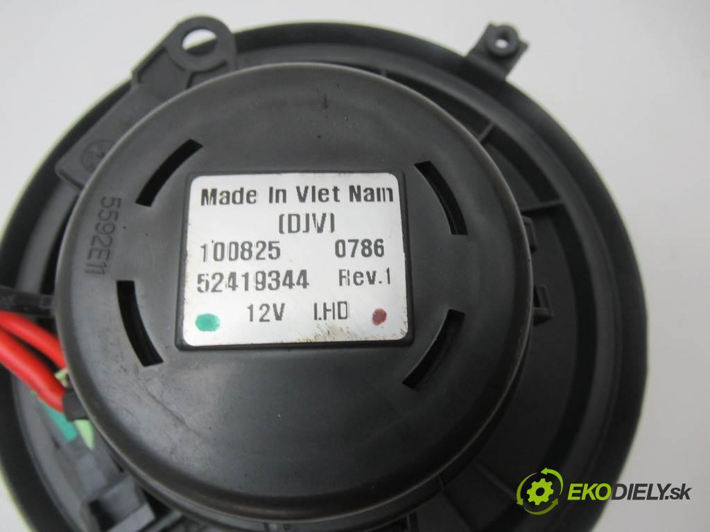 Renault Vel Satis  2003  3.0DCI 177KM 01-09 3000 ventilátor - topení 52419344 (Ventilátory topení)