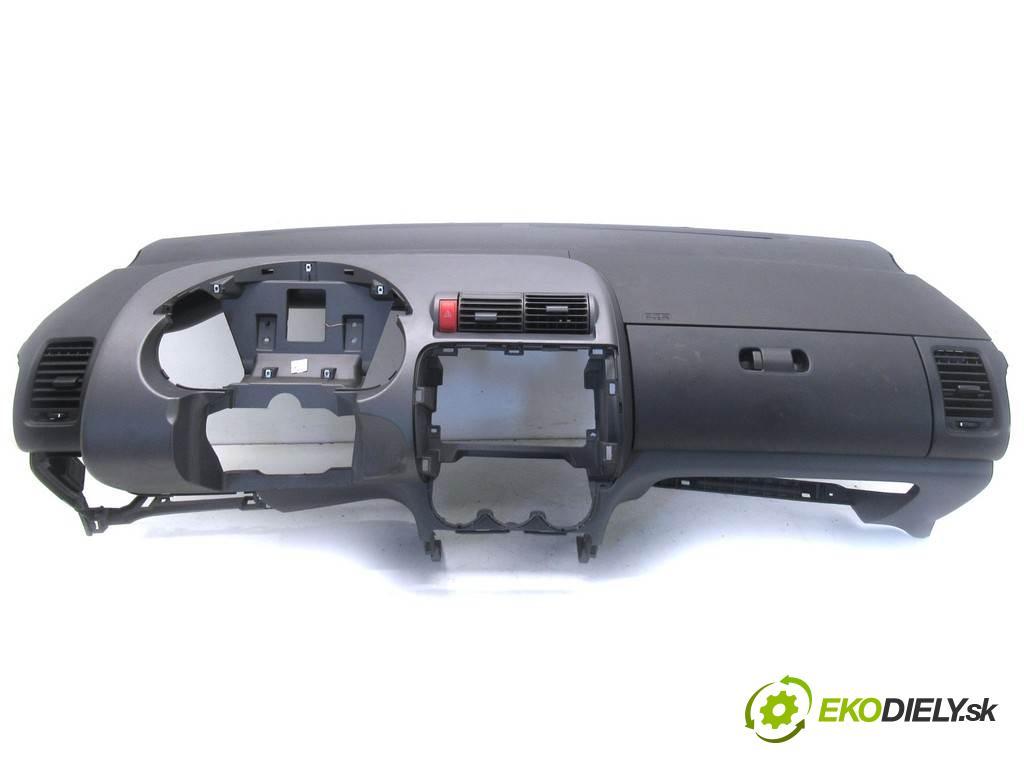 Honda City IV LIFT  2007 61 kw SEDAN 4D 1.4 I-DSI 86KM 05-08 1400 Palubná doska  (Palubné dosky)