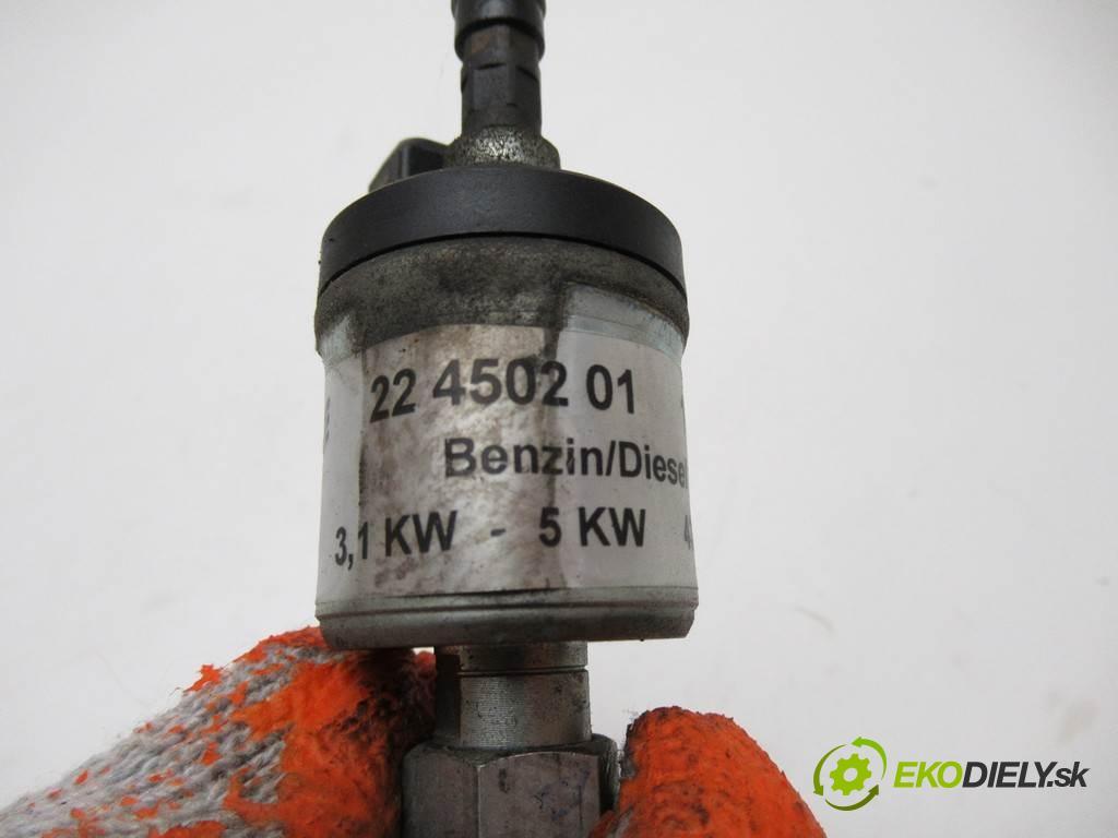Toyota Avensis    T22 KOMBI 5D 2.0D-4D 110KM 98-03  motorek paliva Webasto 22450201 (Webasto ohřívače)