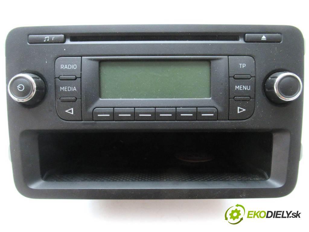 Skoda Fabia II  2014  LIFT KOMBI 5D 1.2B 69KM 10-14 1200 RADIO 5J0035152C (Audio zariadenia)
