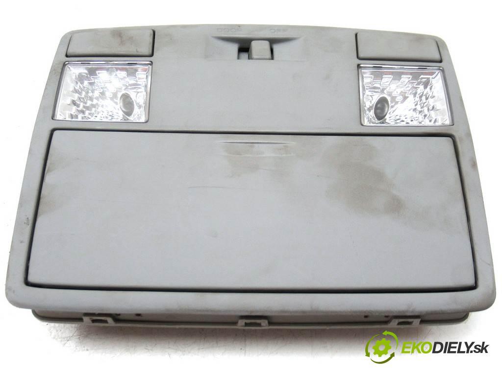 Mazda 5 Premacy II  2006 85 kW 1.8B 116KM 05-08 1800 světlo stropní  (Osvětlení interiéru)