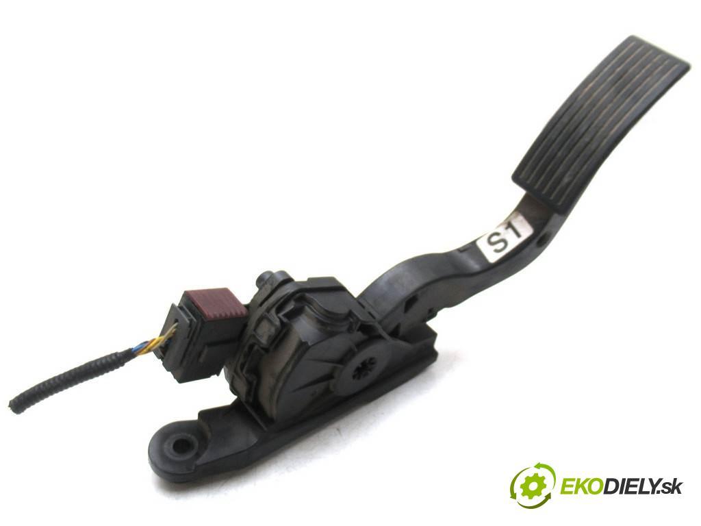 Kia Rio III  2013 55 kW HATCHBACK 5D 1.1CRDI 75KM 11-17 1100 Potenciometer plynového pedálu  (Pedále)