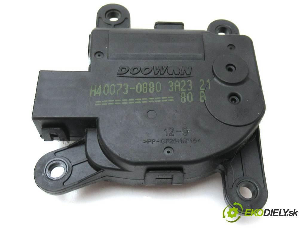 Kia Rio III    HATCHBACK 5D 1.1CRDI 75KM 11-17  motorek topení H40073-0880 (Motorky topení)