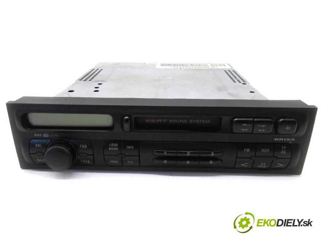 Seat Toledo II  1999  1.6B 100KM 98-04 1600 RADIO 1M0035152B (Audio zariadenia)