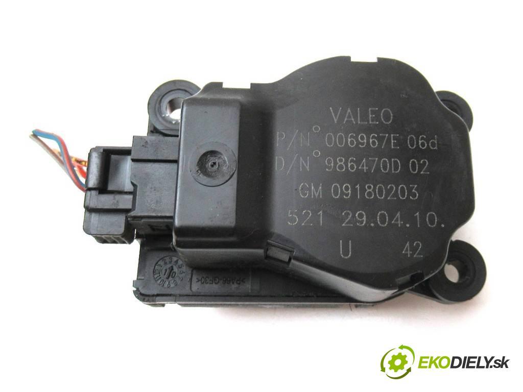 Fiat Croma    LIFT KOMBI 5D 1.9TJD 120KM 05-11  motorek topení 09180203 (Motorky topení)