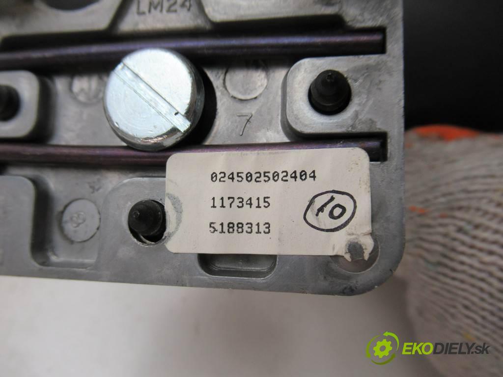 Saab 9-5  2002 88  KOMBI 5D 2.2TID 120KM 97-05 2200 Spätné zrkadlo vnútorné  (Spätné zrkadlá vnútorné)