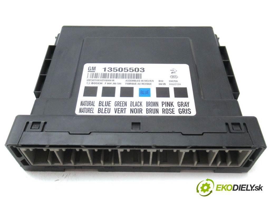 Opel Insignia    HATCHBACK 5D 2.0CDTI 160KM 08-13  Modul komfortu 13505503 (Moduly komfortu)